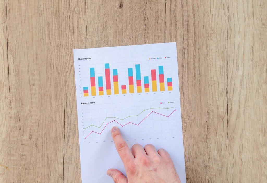 chart-data-desk-document-590011